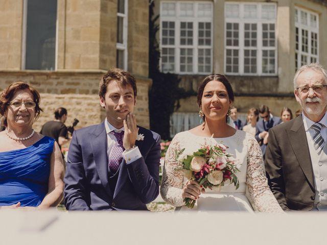 La boda de Pablo y Adriana en Donostia-San Sebastián, Guipúzcoa 27