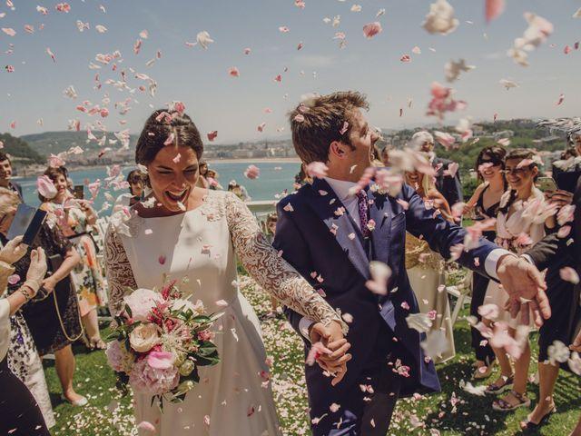 La boda de Pablo y Adriana en Donostia-San Sebastián, Guipúzcoa 39