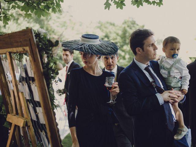 La boda de Pablo y Adriana en Donostia-San Sebastián, Guipúzcoa 43