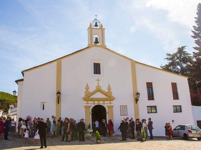 La boda de Juan y Anabel en Galaroza, Huelva 23