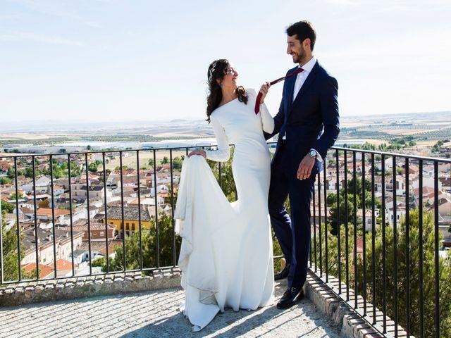 La boda de Miguel y Mise en Esquivias, Toledo 2