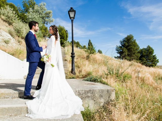 La boda de Miguel y Mise en Esquivias, Toledo 10
