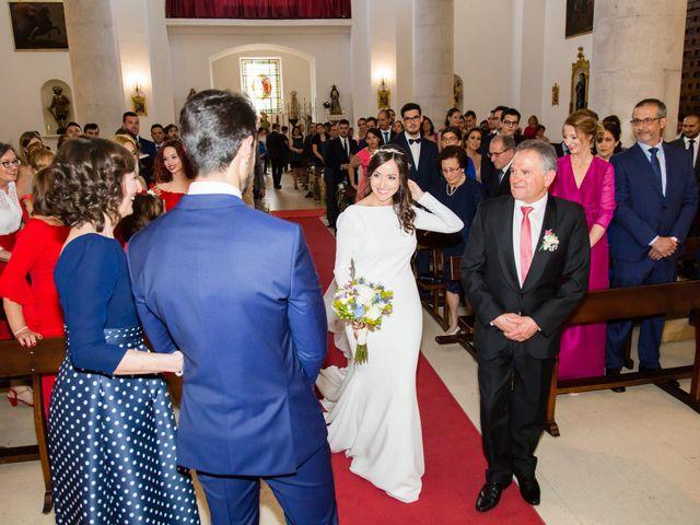 La boda de Miguel y Mise en Esquivias, Toledo 15