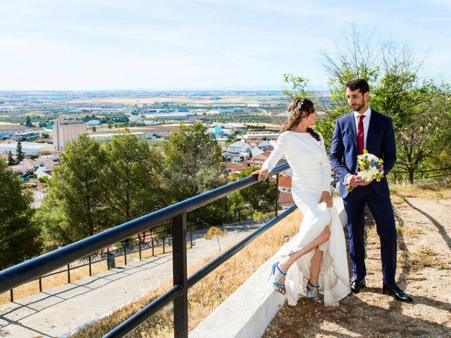 La boda de Miguel y Mise en Esquivias, Toledo 24