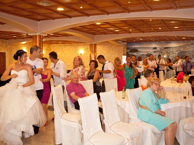 La boda de Cefe y Lidia en Cudillero, Asturias 24