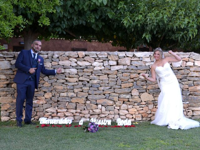 La boda de Javi y Anna en La Pobla De Mafumet, Tarragona 6