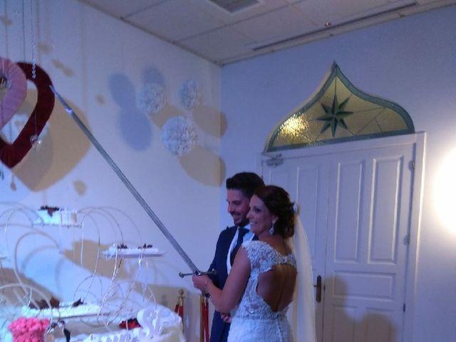 La boda de Miguel y Aida en Puerto Real, Cádiz 6