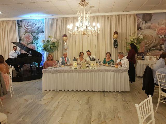 La boda de Miguel y Aida en Puerto Real, Cádiz 10