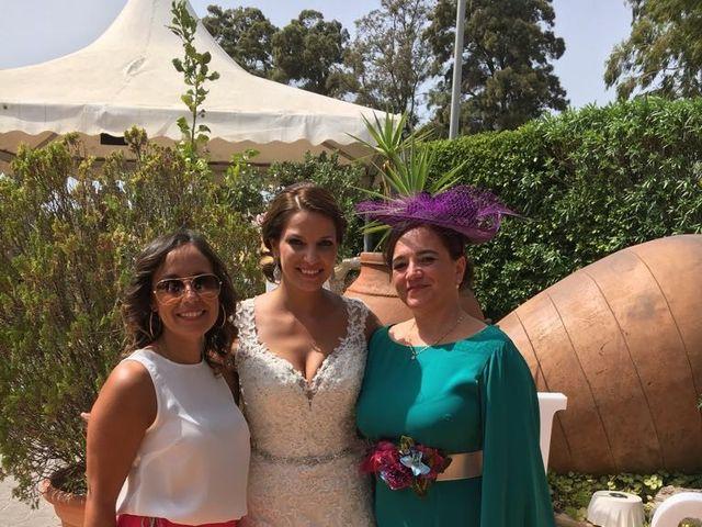La boda de Miguel y Aida en Puerto Real, Cádiz 12