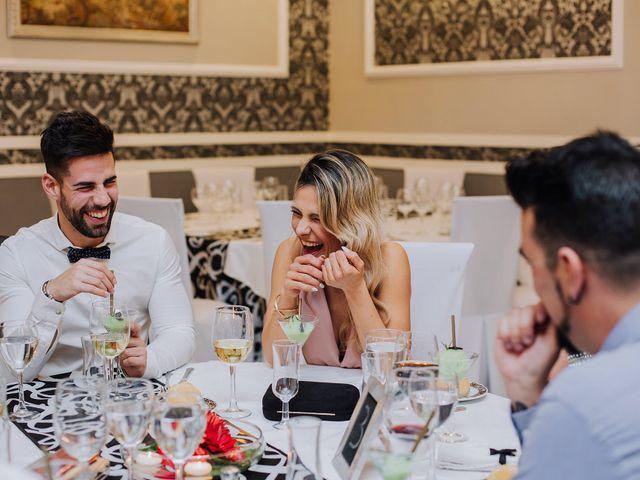 La boda de Santi y Lidia en Granada, Granada 40