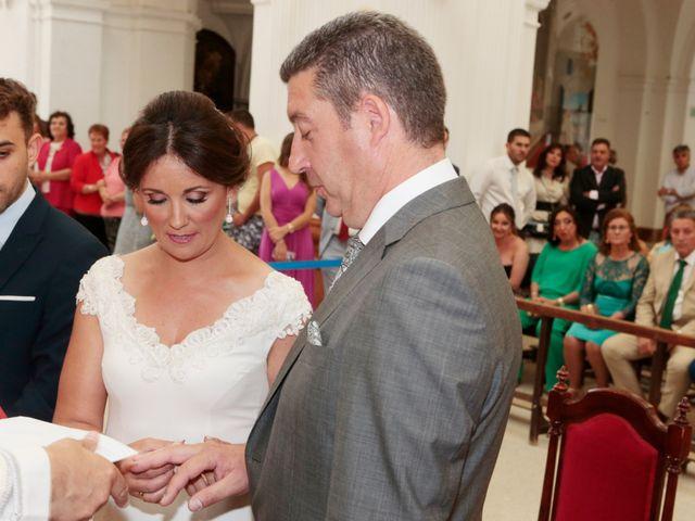 La boda de Antonio y Carmen en Almonte, Huelva 11