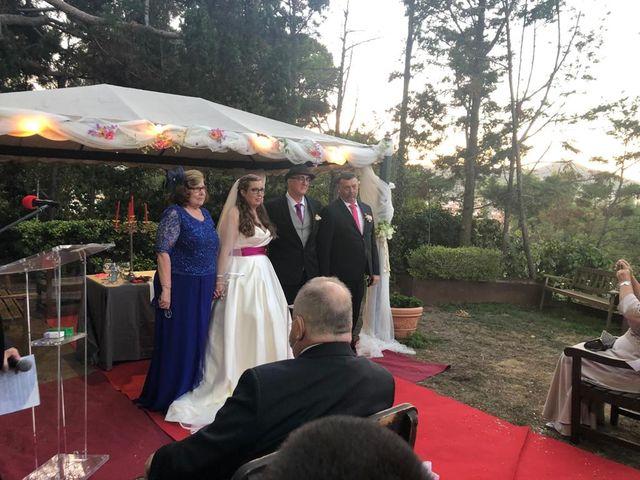 La boda de Cristian y María del Mar en Sant Boi De Llobregat, Barcelona 25