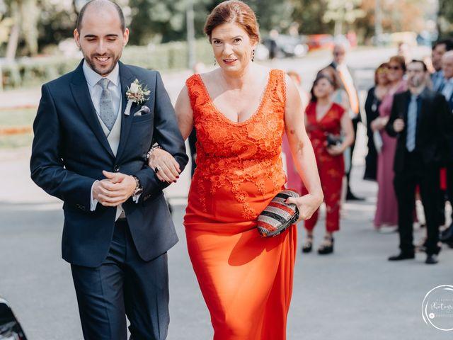La boda de André y Aldara en Vigo, Pontevedra 26