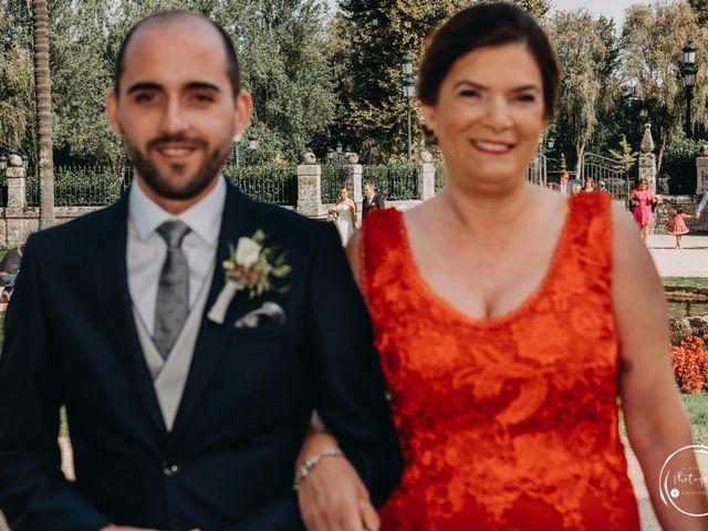 La boda de André y Aldara en Vigo, Pontevedra 27