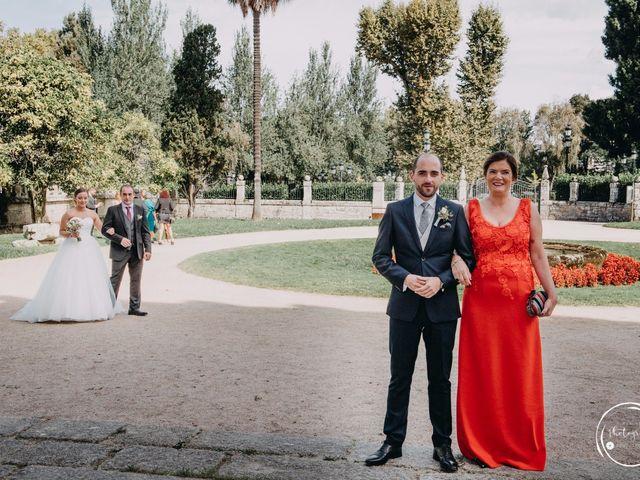 La boda de André y Aldara en Vigo, Pontevedra 29