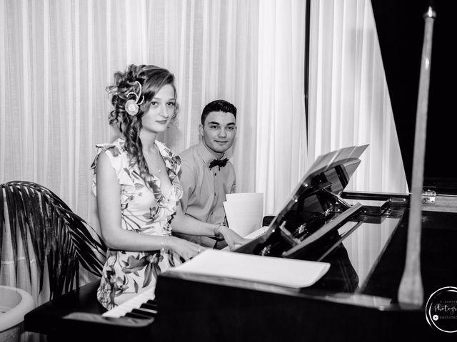 La boda de André y Aldara en Vigo, Pontevedra 93