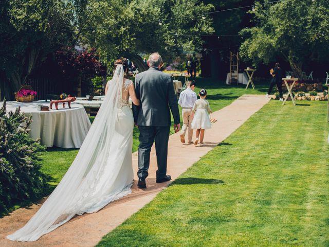 La boda de Robert y Nuria en Segorbe, Castellón 25