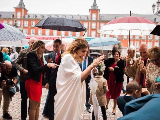 La boda de Carlos y Maria en Madrid, Madrid 45
