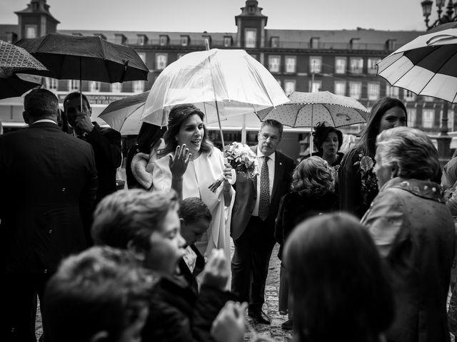 La boda de Carlos y Maria en Madrid, Madrid 46