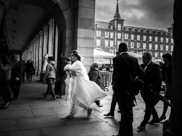 La boda de Carlos y Maria en Madrid, Madrid 48