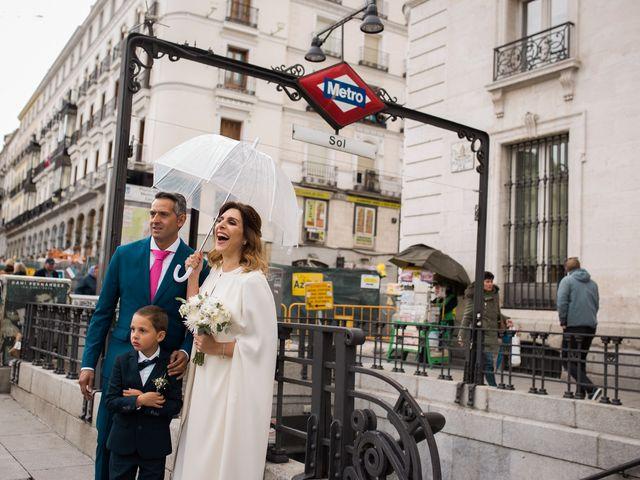 La boda de Carlos y Maria en Madrid, Madrid 1