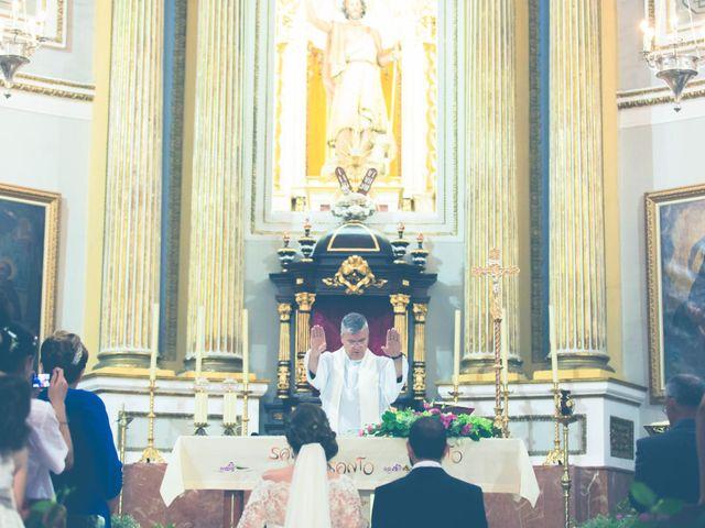 La boda de Daniel y Maria Teresa en San Juan De Alicante, Alicante 18