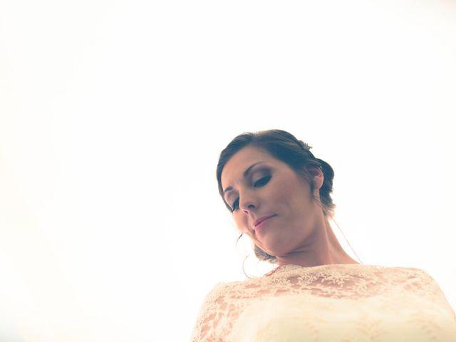 La boda de Daniel y Maria Teresa en San Juan De Alicante, Alicante 28