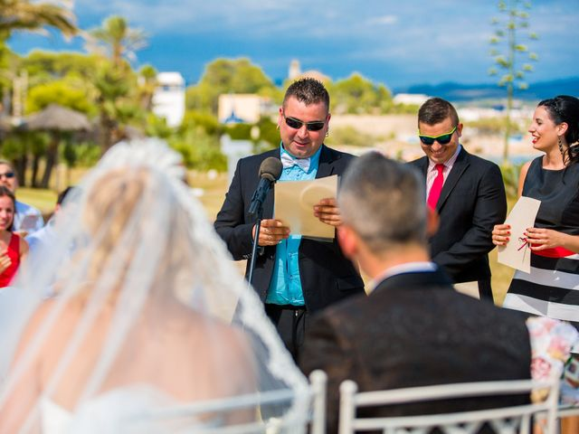 La boda de Ahmed y Cassandra en Vilanova I La Geltru, Barcelona 10