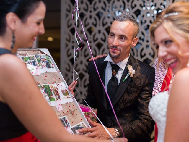 La boda de Ahmed y Cassandra en Vilanova I La Geltru, Barcelona 29