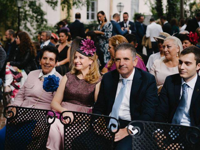 La boda de Pepe y Davinia en Málaga, Málaga 35