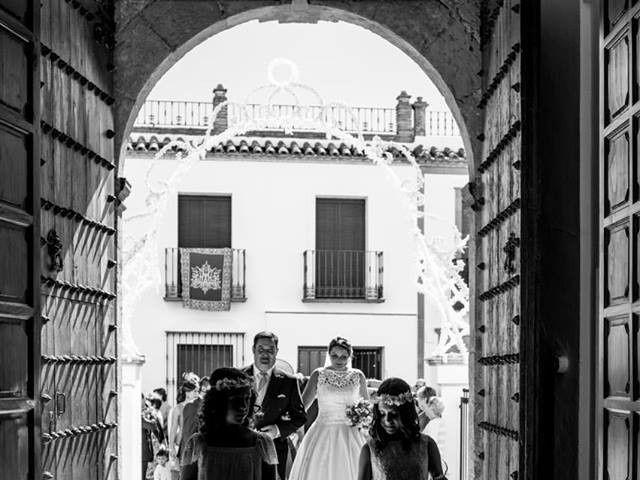 La boda de Juan y María del Carmen en Villafranca De Cordoba, Córdoba 43