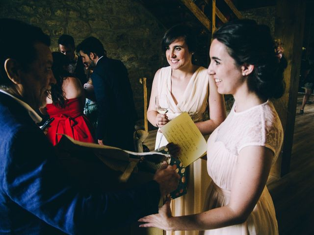 La boda de María y Elisa en Oiartzun, Guipúzcoa 19