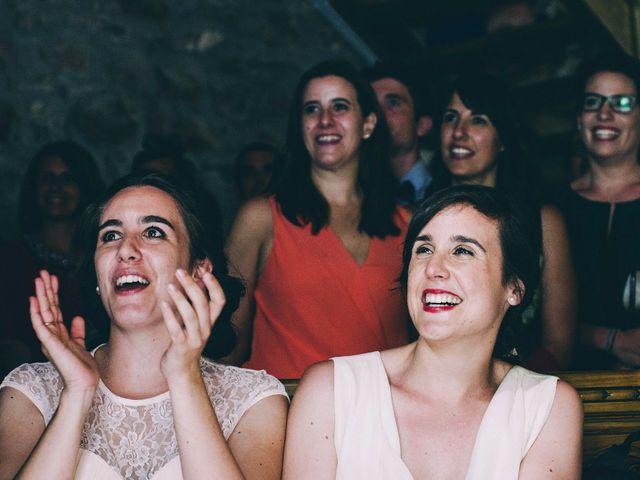 La boda de María y Elisa en Oiartzun, Guipúzcoa 25