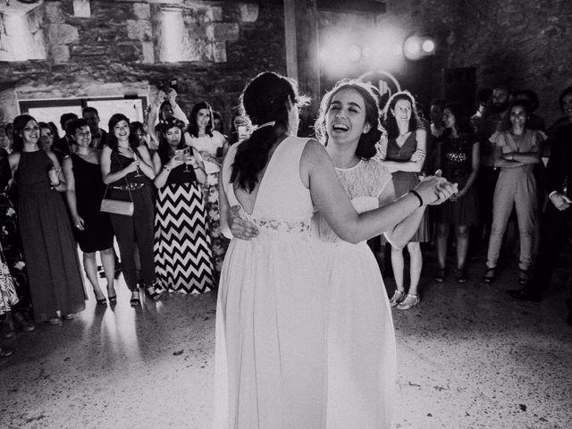 La boda de María y Elisa en Oiartzun, Guipúzcoa 27