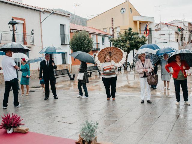 La boda de Javi y Silvia en Torrenueva, Ciudad Real 60