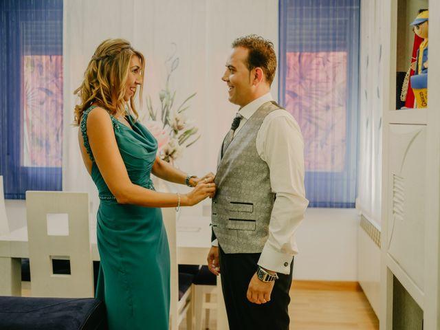 La boda de Rodrigo y Raquel en Madrid, Madrid 15