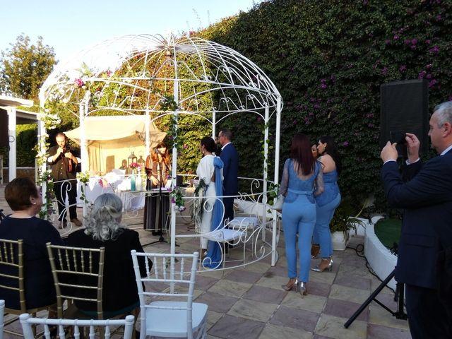 La boda de Carlos y Yolanda en Sevilla, Sevilla 4
