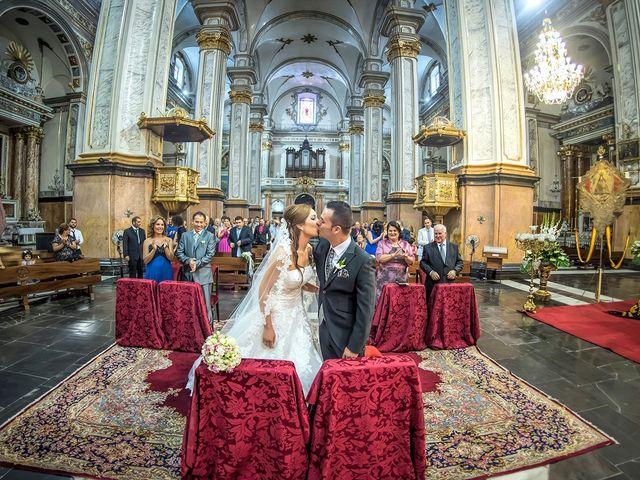 La boda de Antonio y Ariana en Castelló/castellón De La Plana, Castellón 10