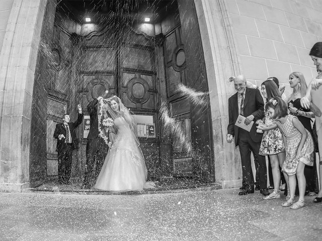 La boda de Antonio y Ariana en Castelló/castellón De La Plana, Castellón 12