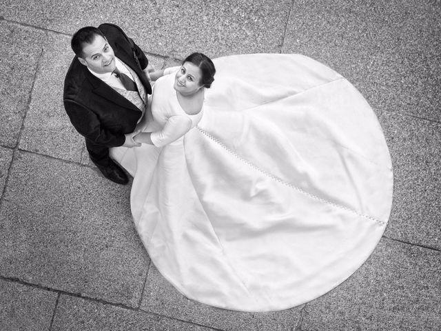 La boda de Carlos  y María Elena  en Illescas, Toledo 20