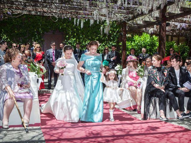La boda de Carlos  y María Elena  en Illescas, Toledo 38