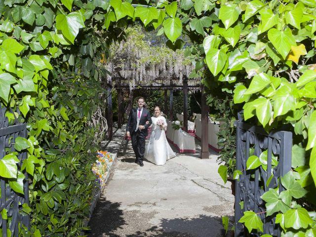 La boda de Carlos  y María Elena  en Illescas, Toledo 43