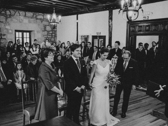 La boda de Ander y Amaia en Zarautz, Guipúzcoa 33