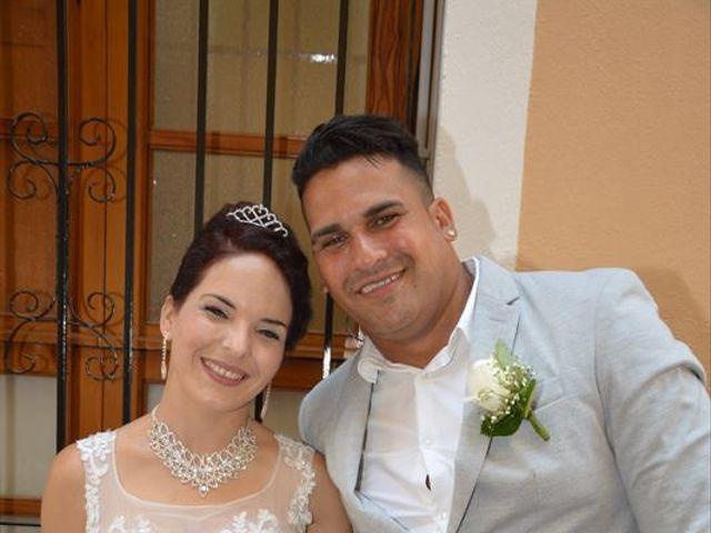 La boda de Danaisi y Gianni en La/villajoyosa Vila Joiosa, Alicante 4