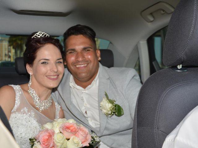 La boda de Danaisi y Gianni en La/villajoyosa Vila Joiosa, Alicante 1