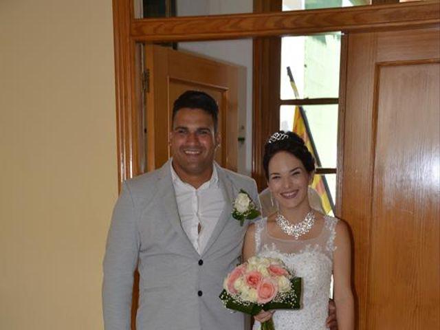La boda de Danaisi y Gianni en La/villajoyosa Vila Joiosa, Alicante 13