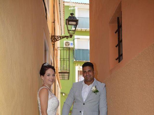 La boda de Danaisi y Gianni en La/villajoyosa Vila Joiosa, Alicante 14