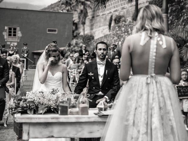 La boda de Dailo y Ytahisa en Las Palmas De Gran Canaria, Las Palmas 12