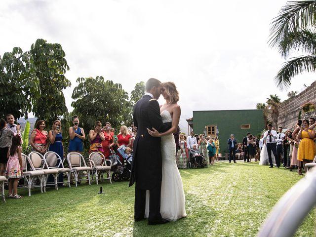 La boda de Dailo y Ytahisa en Las Palmas De Gran Canaria, Las Palmas 19