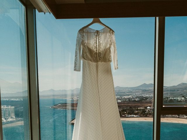 La boda de César y Elena en Los Rodeos (Isla De Lanzarote), Las Palmas 20
